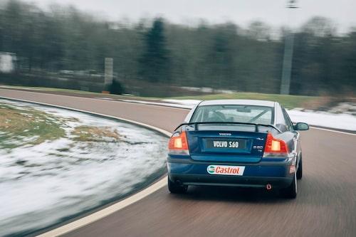 Om detta vore ljudtidning skulle du överröstas av typiskt högvarvig Volvo-brölsång.