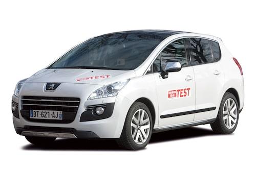 Peugeot 3008 HYbrid4. Pris: 329 900 kronor.