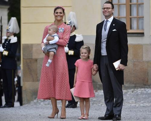 Victorias klänning från Elie Saab fick mycket uppmärksamhet.
