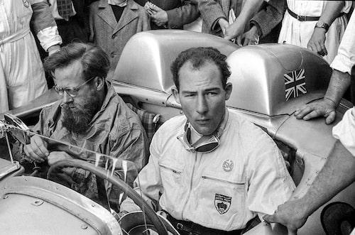 Stirling Moss och Denis Jenkinson efter vinsten i Mille Miglia 1955.