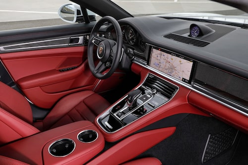 Porsche Panamera GTS Sport Turismo 2021 facelift