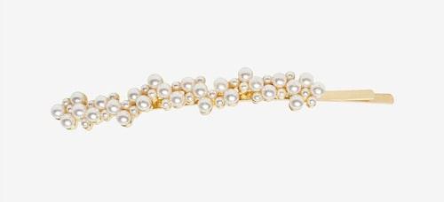 Hårspänne med pärlor.