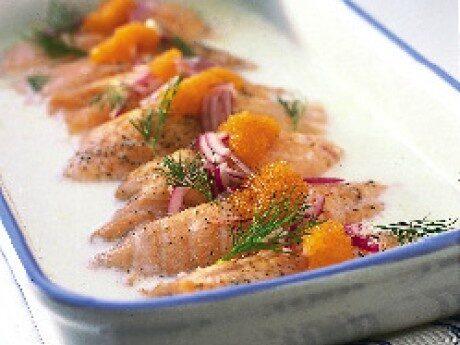 Lyxa till laxen med nordiska smaker av västerbottenost, kräftor och löjrom.