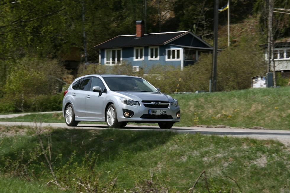 Tycker du dig känna igen nya Impreza? Inte så konstigt. Den presenterades för två år sedan i USA och är samtidigt en kopia av Subaru XV.
