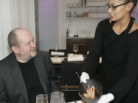 Reportern Ingvar Hedlund smakar av restaurang LUX.