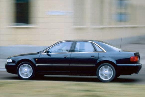 Audi A8 begagnattestas mot BMW 7-serie, Lexus LS, Range Rover, Mercedes S-klass och Volkswagen Santana.