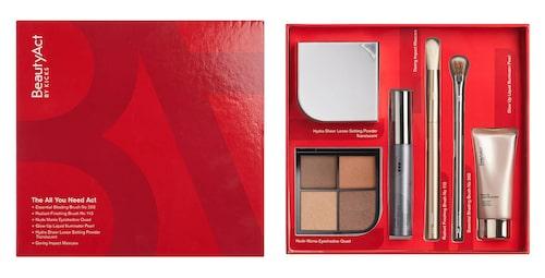 Ögonskugga, mascara, puder, penslar och highlighter i en presentask från Beautyact.