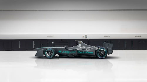 Den 8 september visa Jaguar upp sin eldrivna formelracer för pressen.