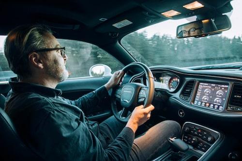 Bilen är komfortabel och landsvägskörning passar bilen allra bäst.