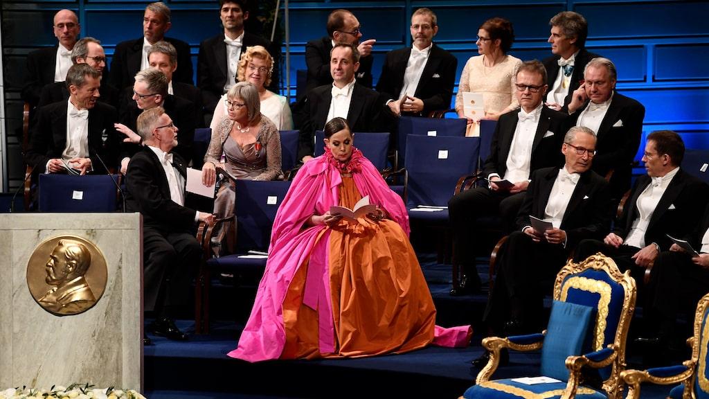 Stunden när Sara Danius bar sin revenge dress på nobelfesten går till historien.