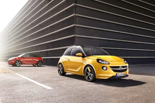 Med en totallängd på knappt 370 centimeter är bilen ungefär 15 centimeter längre än ärkerivalen Volkswagen Up, men fem centimeter kortare än Opels tidigare minsting Agila. Bredden uppgår till 172 centimeter. Axelavståndet mäts till 231 centimeter.