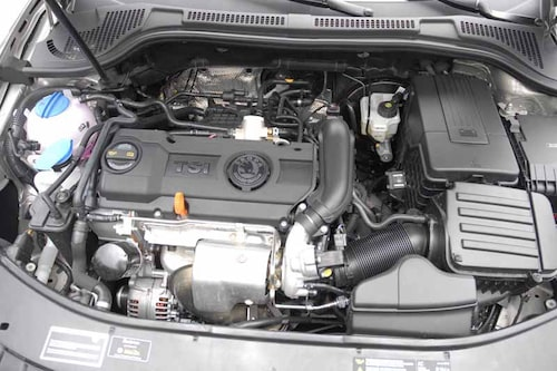 Instegsmotorn är på 1,4 liter och 125 hästkrafter. Den ger bra fartresurser och är väldigt snål.