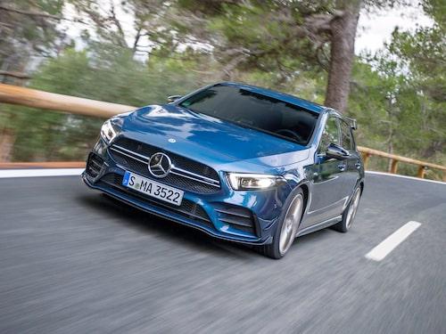 """M139-motorn kommer vi att finna AMG-versionen av nya A-klass. Här ses Mercedes-AMG A 35 4Matic som är en form av """"AMG Light""""-variant."""