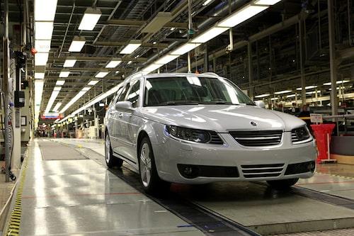 Sista 9-5:an rullar av bandet. På samma lina görs även Saab 9-3 och nya Saab 9-5.