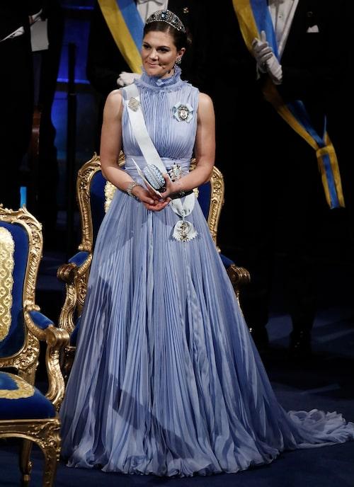 Kronprinsessan Victorias nobelklänning 2017.