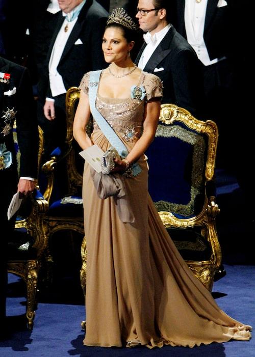Kronprinsessan Victorias nobelklänning 2010.
