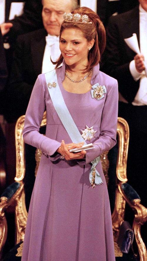 Kronprinsessan Victorias nobelklänning 1997.