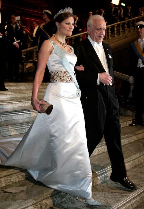 Kronprinsessan Victorias nobelklänning 2005.