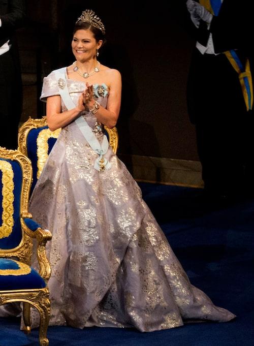 Kronprinsessan Victorias nobelklänning 2016.