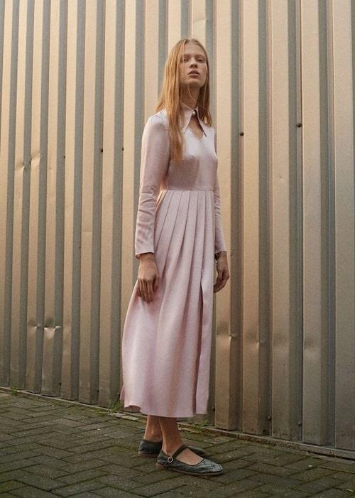 Klänning med krage, 5 300 kr.