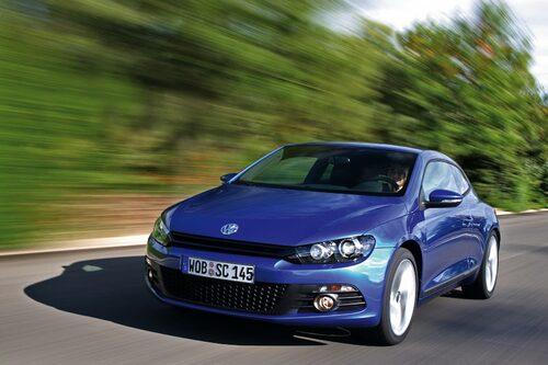 Förvandlingen från vardaglig Golf till sportig Scirocco har VW skött på bästa vis.