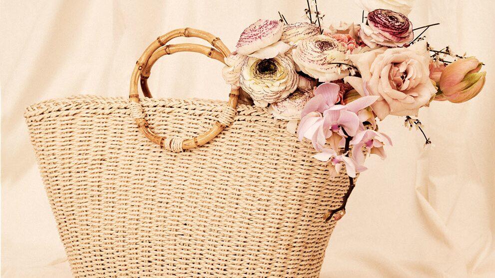 Väska av papper/trä, 449 kr, Åhléns.