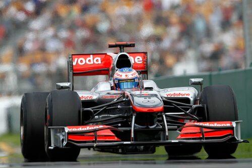 Regerande världsmästaren Jenson Button, nu i en McLaren, kammade hem Australiens Grand Prix som till skillnad från säsongsöppningen inte kunde beskyllas för att vara ett sömnpiller. (Foto: Vodafone McLaren Mercedes)