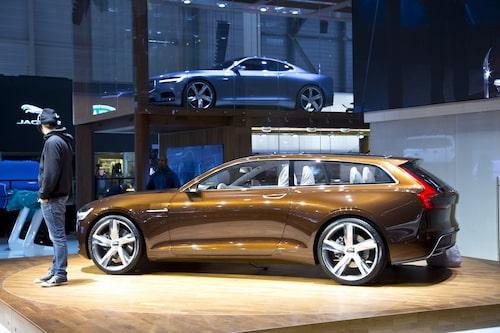 Volvo Concept Estate med Concept Coupé i bakgrunden.