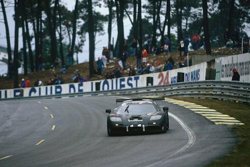 Vinnarbilen McLaren F1 GTR på Le Mans 24-timmars. Året var 1995.