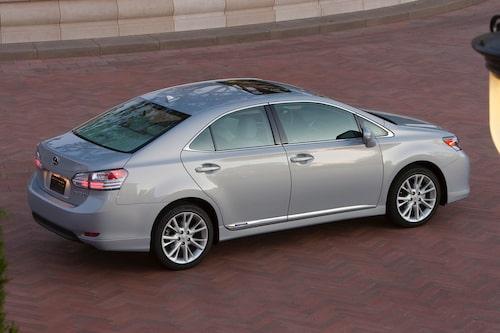 Lexus HS 250h kom 2009 och har sålt i 56 000 exemplar.