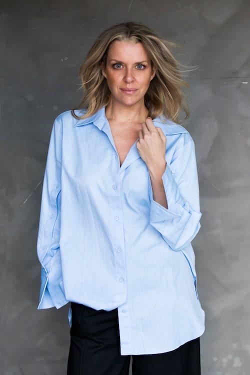 Designern Sofie Breslin bakom Miss Oxford Design hyllar kvinnan.