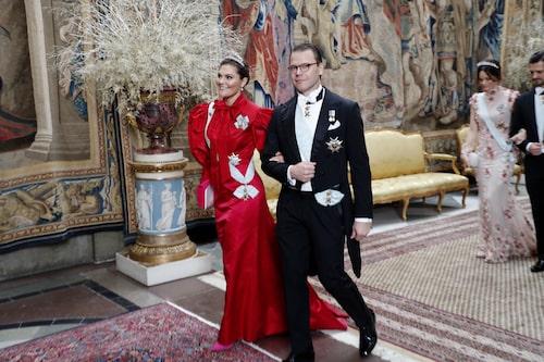 Kronprinsessan Victoria i design av Pär Engsheden på Nobelfesten 2019.