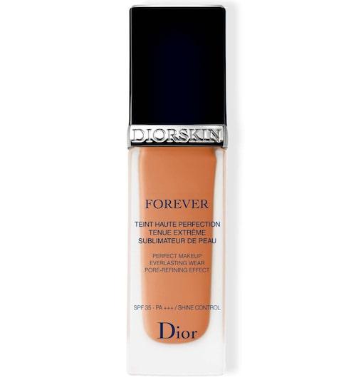 Recension på Diorskin forever fluid foundation, Dior. Klicka på bilden och kom direkt till produkten.