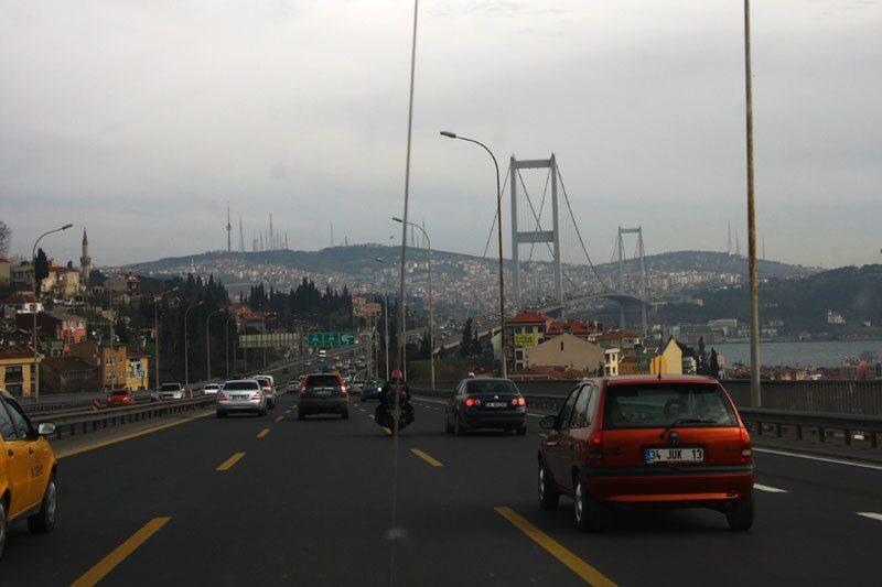 100301-svårt i istanbul