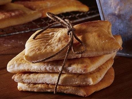 Detta recept på sirapsbröd är också känt som Farmors julbröd.