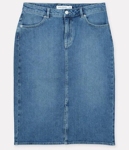 Enkel jeanskjol från Carin Wester. Klicka på bilden och kom direkt till kjolen.