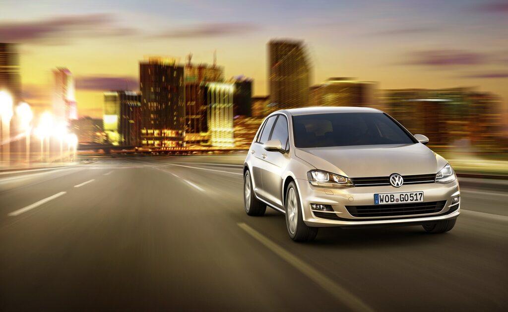 Nya Volkswagen Golf Mk7 2013