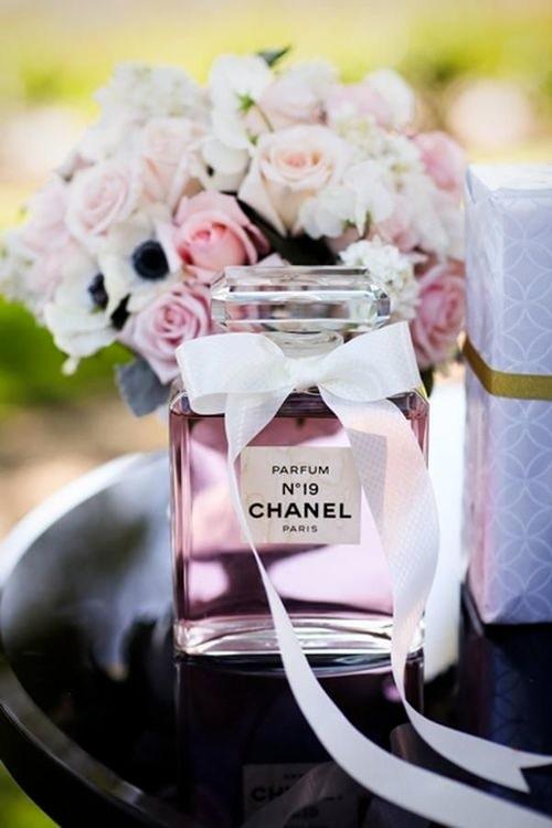 Liljekonvalj är en fantastisk blomma som används i parfym.