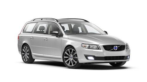 Volvo V70 är normalt Sveriges mest sålda bil, men i augusti registrerades fler Volkswagen Golf.