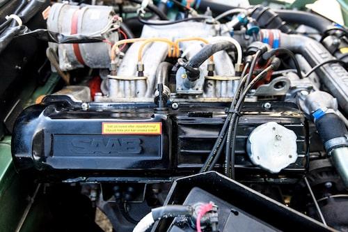 I standardutförande hade 99 Turbo 145 hästkrafter. Turbo S hade vatteninsprutning, högre laddtryck och 15-20 hästar exra.