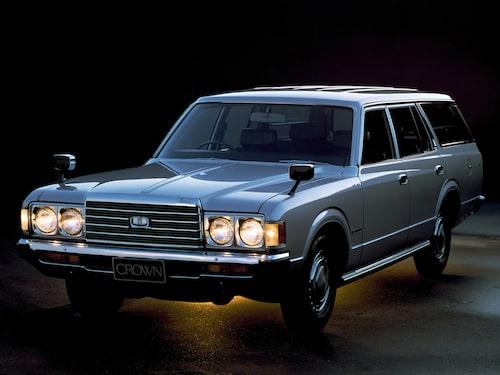 Toyota Crown Herrgårdsvagn