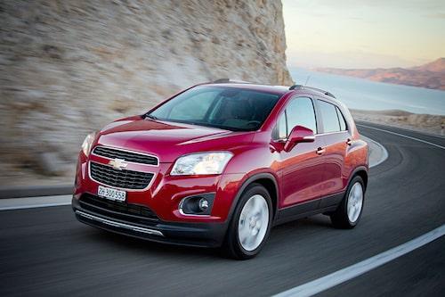 Om du tycker dig känna igen formen så har du helt rätt. Trax är tvilling, om ej enäggs, med Opel Mokka.