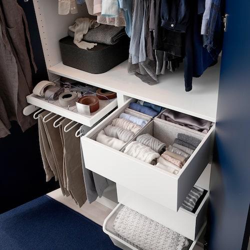 Med smart garderobsinredning är det lätt att hålla ordning.