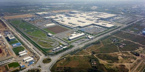Fabriken i Tiexi invigdes den 24 maj 2012.