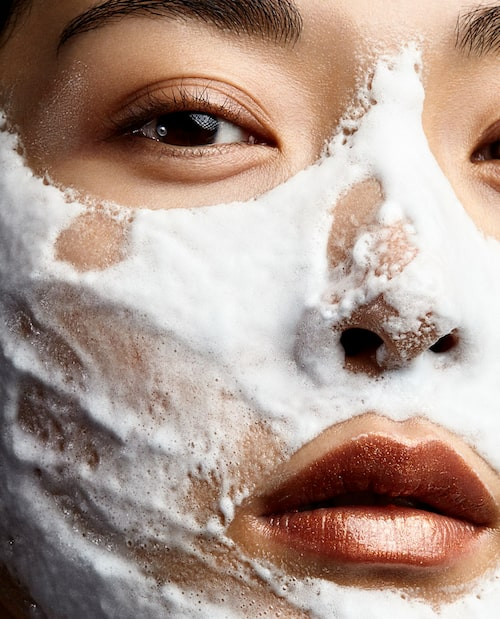 Bubbelmask Exuviance Bionic oxygen facial.
