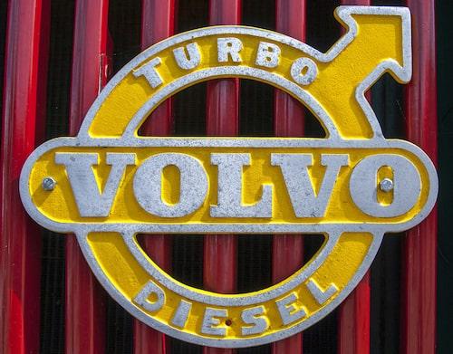Allt färre nya bilar som säljs har dieselemblem, men hos många bilmärken utgör dieselbilarna fortfarande en väldigt stor andel av försäljningen. Foto: Harnvi.