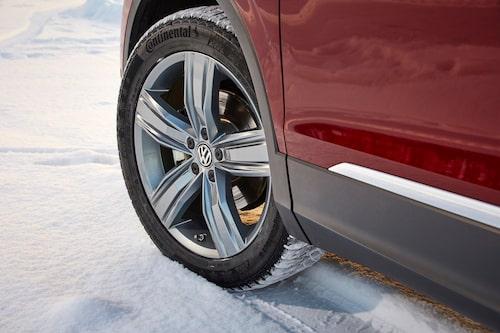 Fyrhjulsdrift 4Motion Active Control är standard på Tiguan, fyra olika körprogram hjälper till för att få optimalt med fäste.