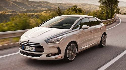 Citroën DS5 Hybrid4 som är en hybrid med el- och dieselmotor blir också miljöbil.