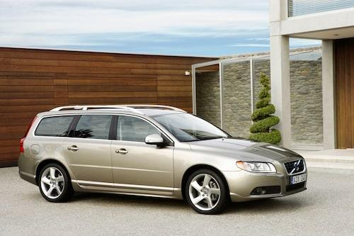 Volvo V70 Bi-Fuel är en gasbil och också miljöbil. Hela listan med alla bilar som är miljöklassade 2013 hittar du via länk nedan.