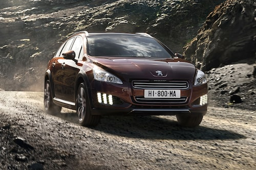 Peugeot 508 RXH (elhybrid, diesel) Klicka på pilarna för resten av listan.